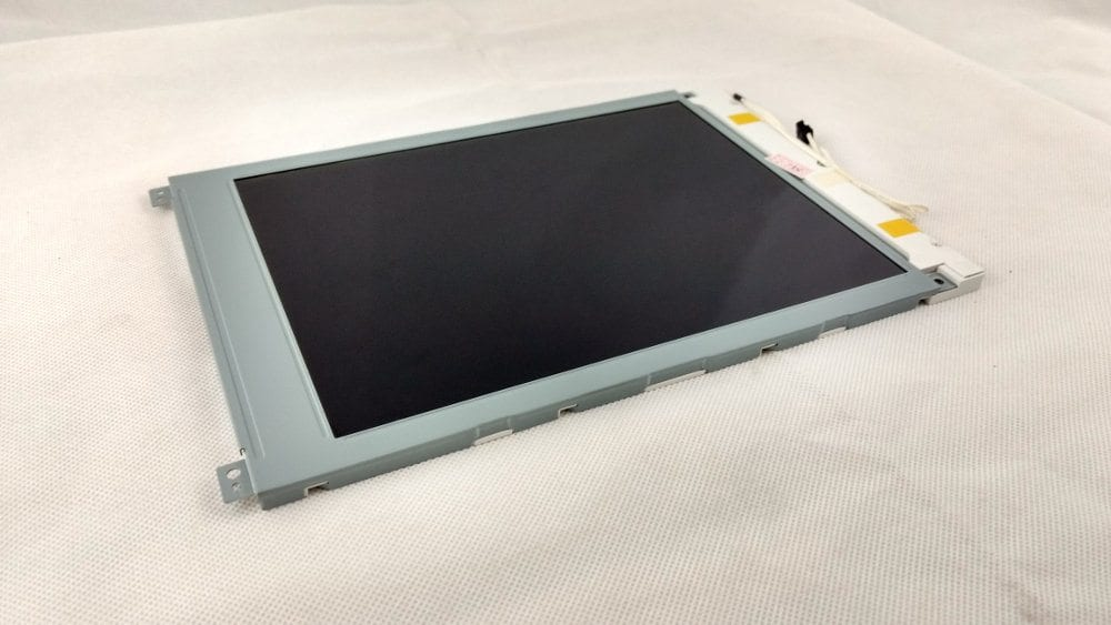 Okuma 700L LCD panel